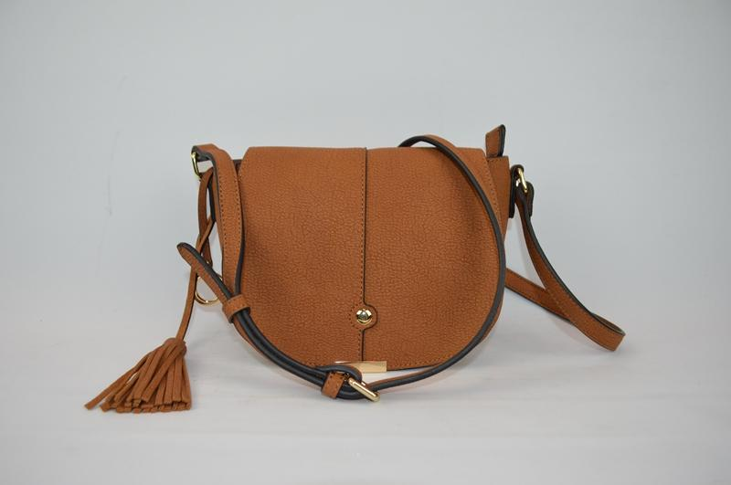 Brown shoulder bag BE-4575
