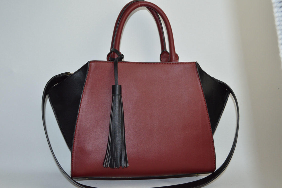 Two color handbag with tassels BE-4719