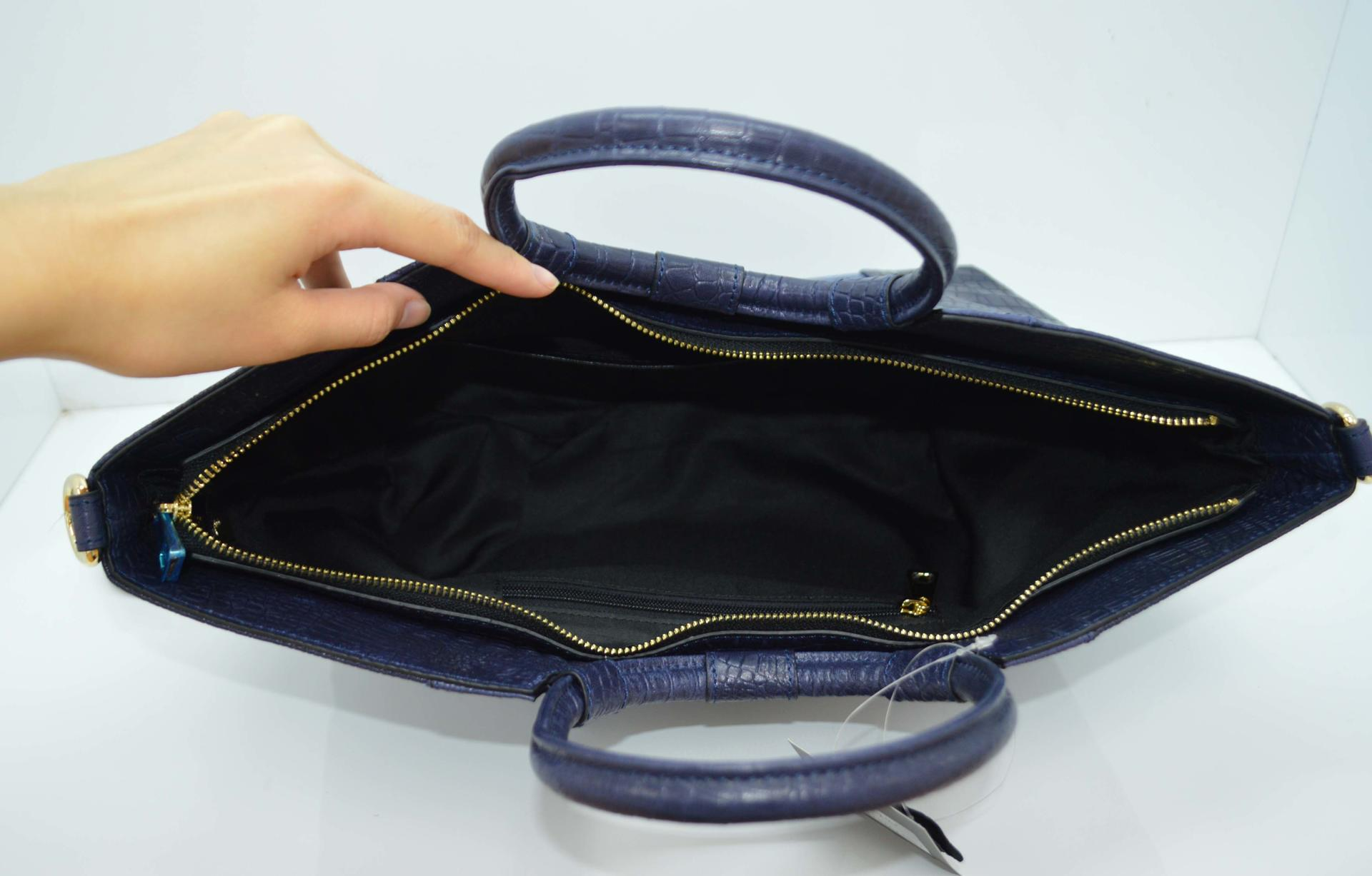 Navy Leather handle bag with Python pattern DPS741